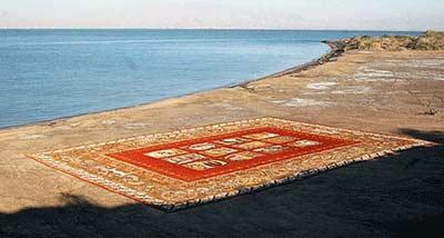 نقاشی با شن،نقاشی رنگی با شن،نقاشی کنار ساحل،نقاشی شنی،سایت نقاشی